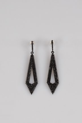 Black Earring BT121